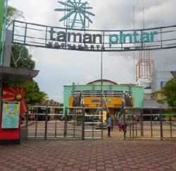 taman-pintar-yogyakarta-250x242 YogJo - Info Tempat Wisata, Hotel, Kuliner di Jogja 2020