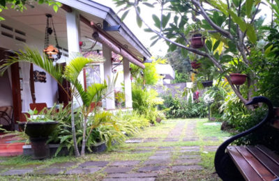 kemuning-guest-house-baciro-400x260 YogJo - Info Tempat Wisata, Hotel, Kuliner di Jogja 2020