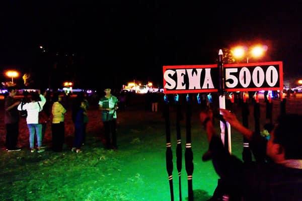 sewa-tutup-mata-alun-alun-kidul Pesona Malam di Alun-alun Kidul Jogja yang Tak Terlupakan
