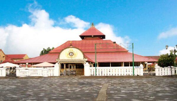 mesjid-gedhe-kasultanan Keraton Ngayogyakarta Hadiningrat - Wisata Kraton Jogja / Yogyakarta