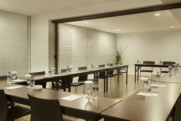 meeting-room-amaris-hotel-diponegoro-yogyakarta 9 Tempat Meeting Room di Jogja