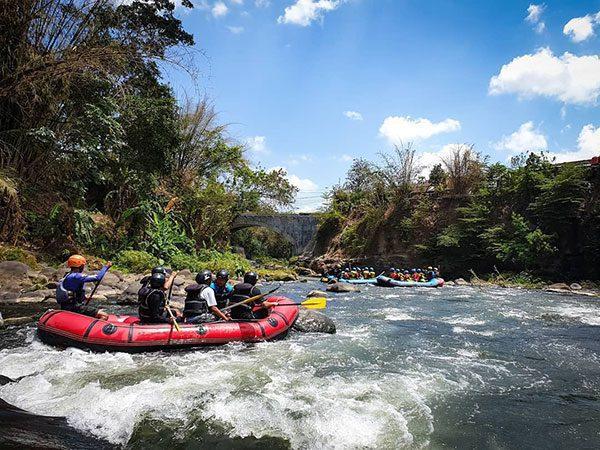 Rafing Sungai Elo