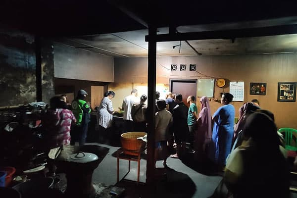 gudeg-pawon-jogja Rekomendasi Gudeg Paling Enak dan Terkenal di Jogja