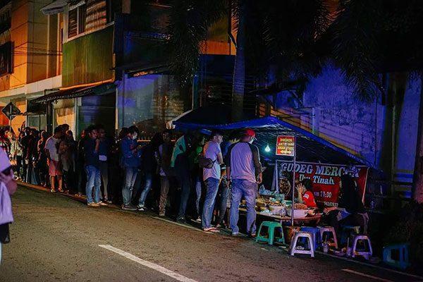 lokasi-gudeg-mercon-bu-tinah Rekomendasi Gudeg Paling Enak dan Terkenal di Jogja