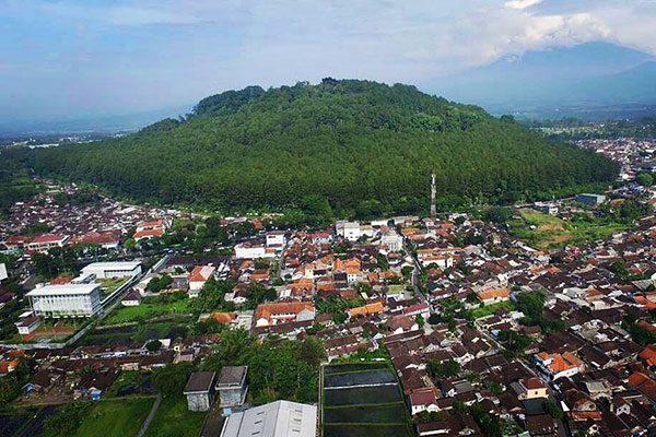 lokasi-gunung-tidar Gunung Tidar Pakuning Tanah Jawa - Wisata Magelang